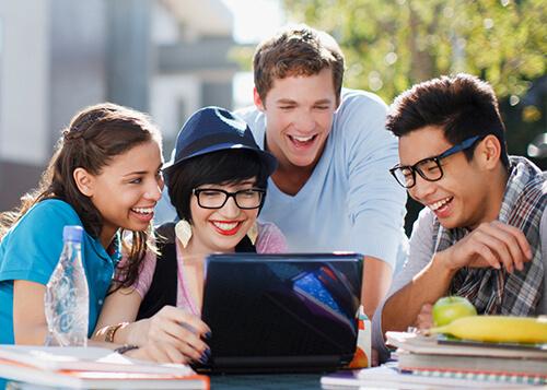 دوره آموزش زبان به نوجوانان